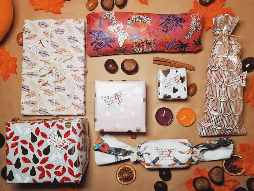 7 products display of autumn gift box