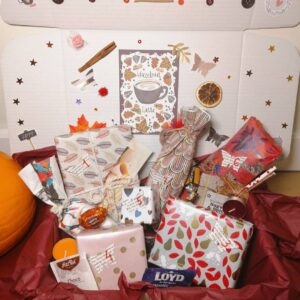 autumn mystery box with 7 gifts and decoration